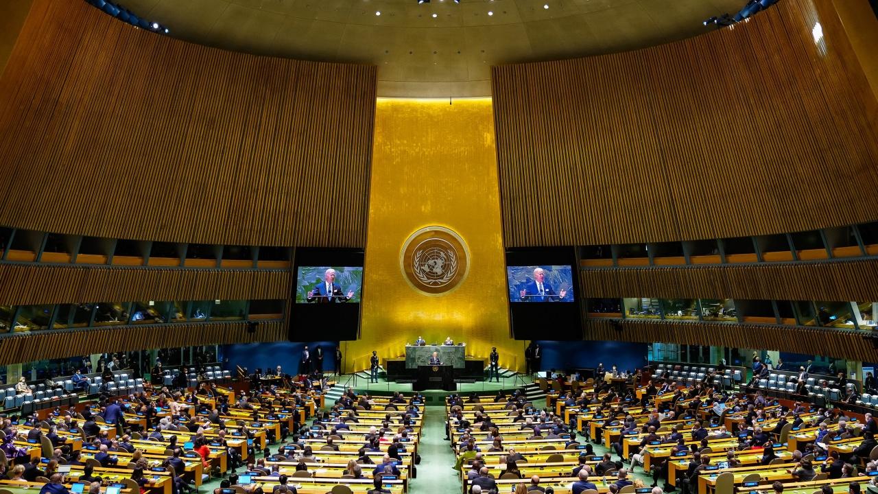 Biden dice a la ONU que no busca una nueva Guerra Fría con China