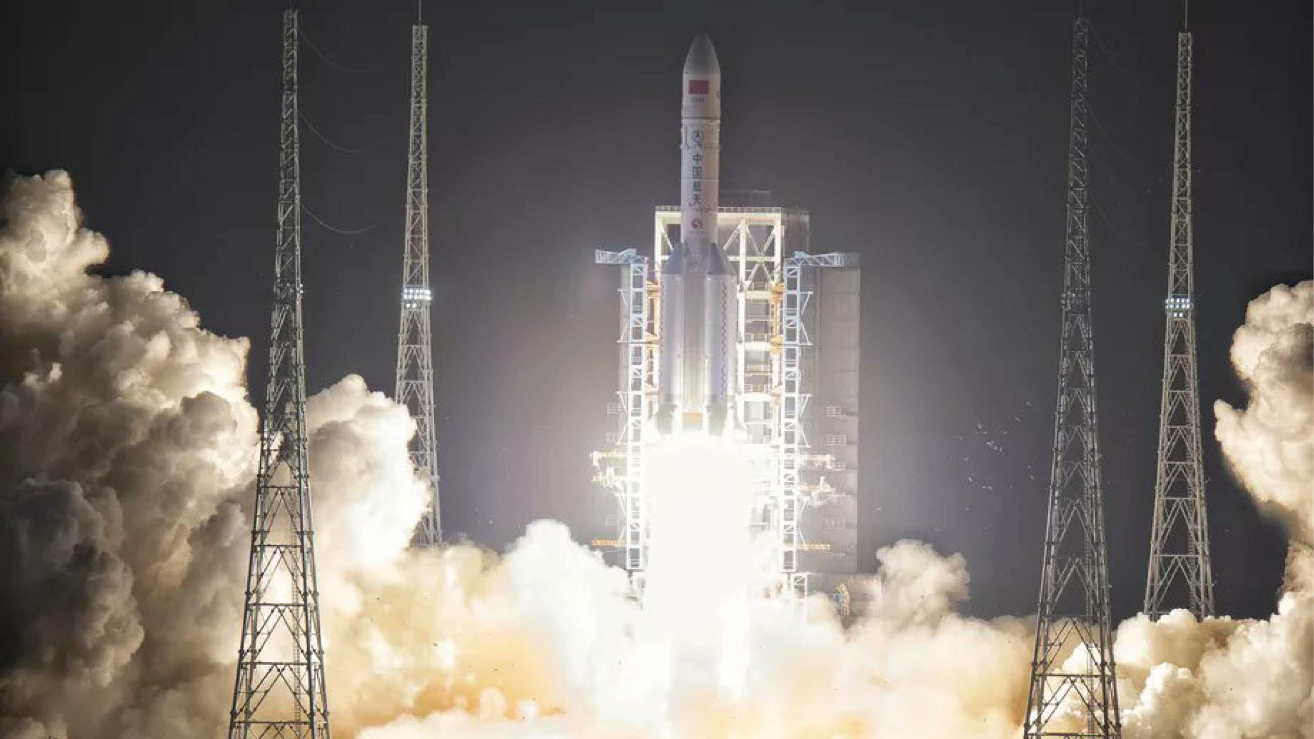 China tendrá cohete en 2028 capaz de enviar una misión tripulada a la Luna
