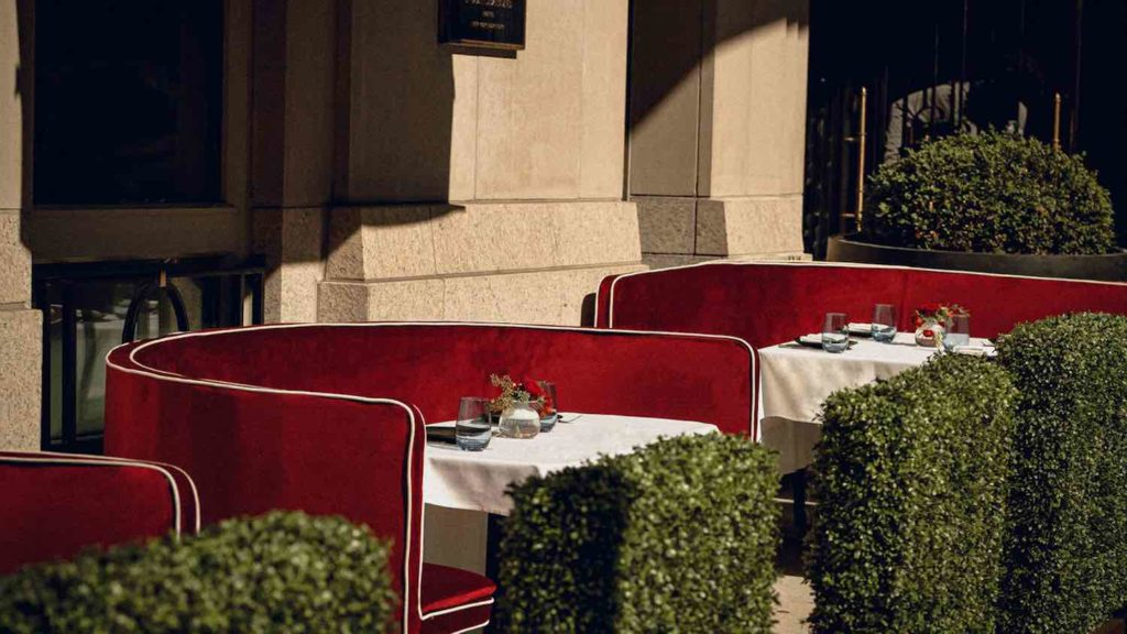 Cut terrace Wolfgang Puck