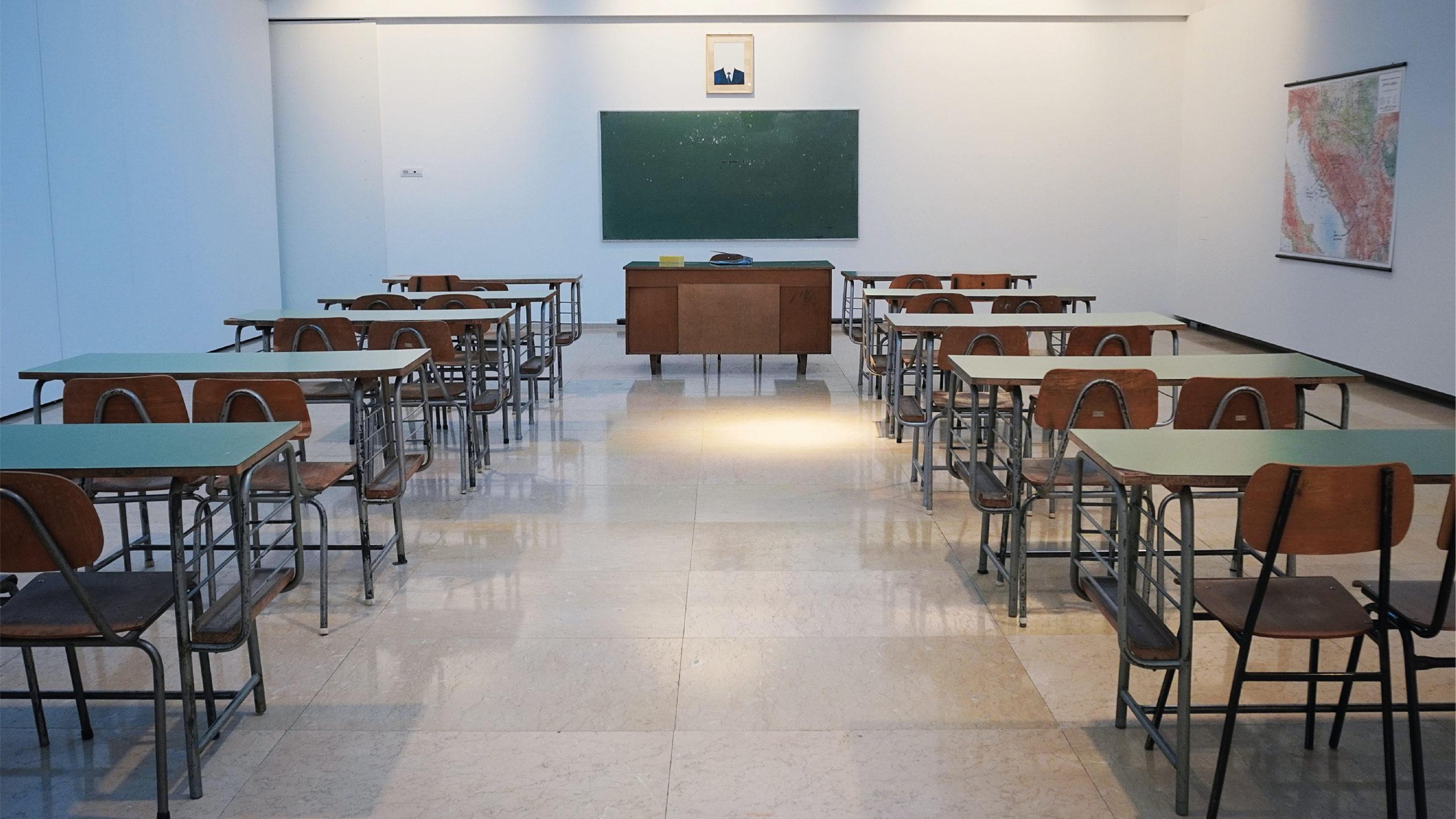 117 millones de alumnos siguen sin ir a clases por la pandemia: Unesco