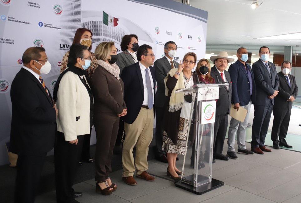 Senador de Morena pide investigar los recursos de las universidades, entre ellas la UNAM