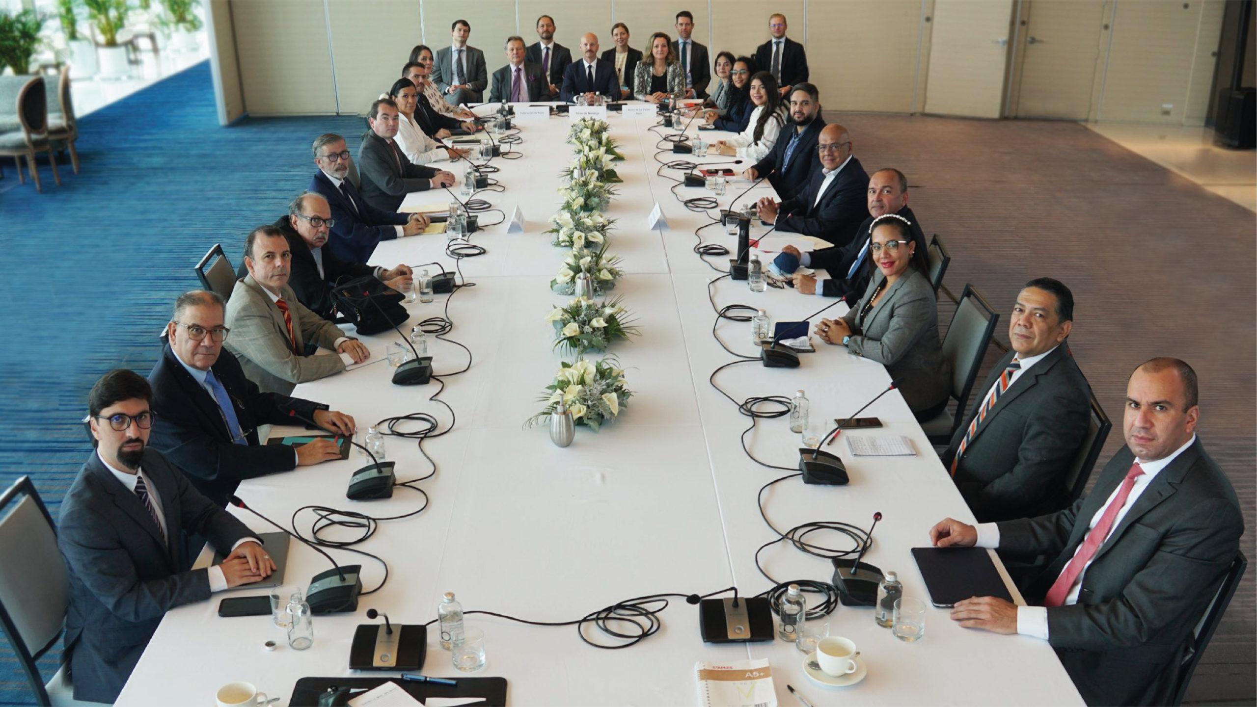 Diálogo de Venezuela da sus primeros resultados concretos en México