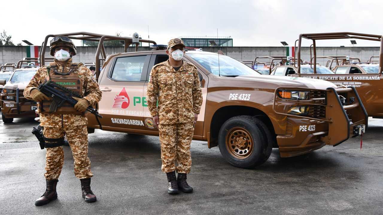 Pemex va por 2,200 vehículos para vigilancia y combate al huachicol