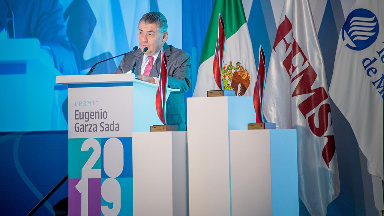 Reconocen a líderes humanistas a través del Premio Eugenio Garza Sada