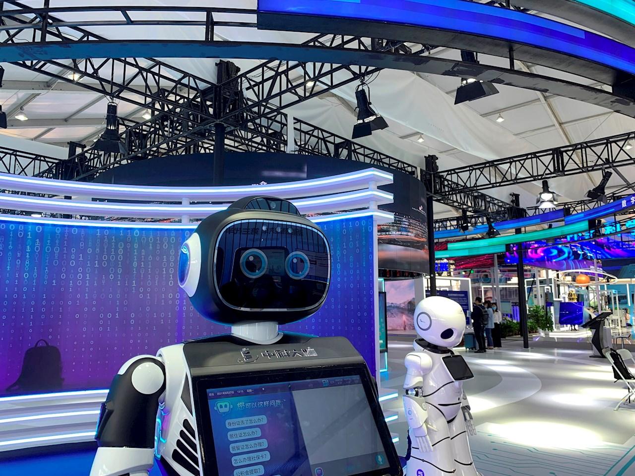 Fábricas inteligentes y robots destacan en foro del 'Silicon Valley de Pekín'