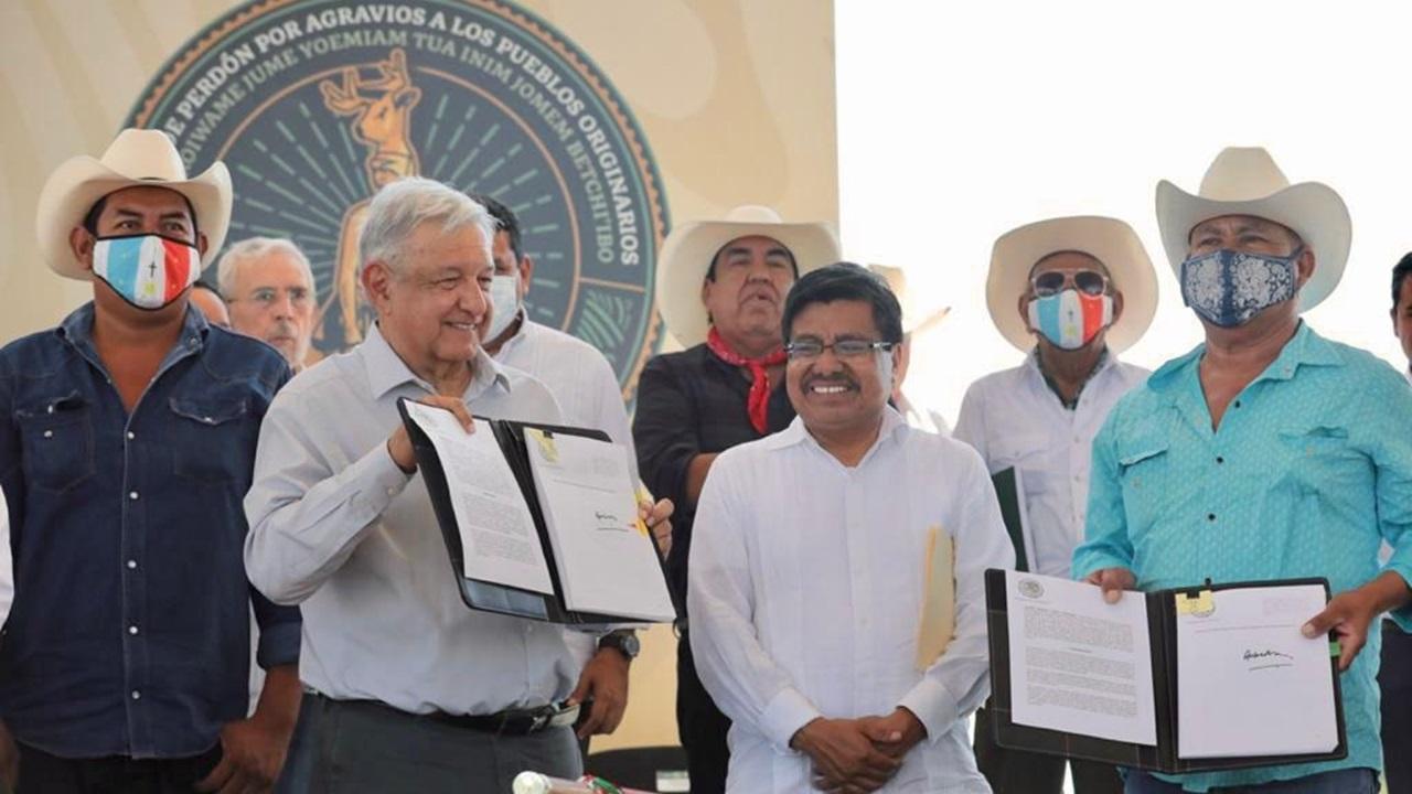 AMLO pide perdón a yaquis; emite decreto y promete obras por 11 mil mdp