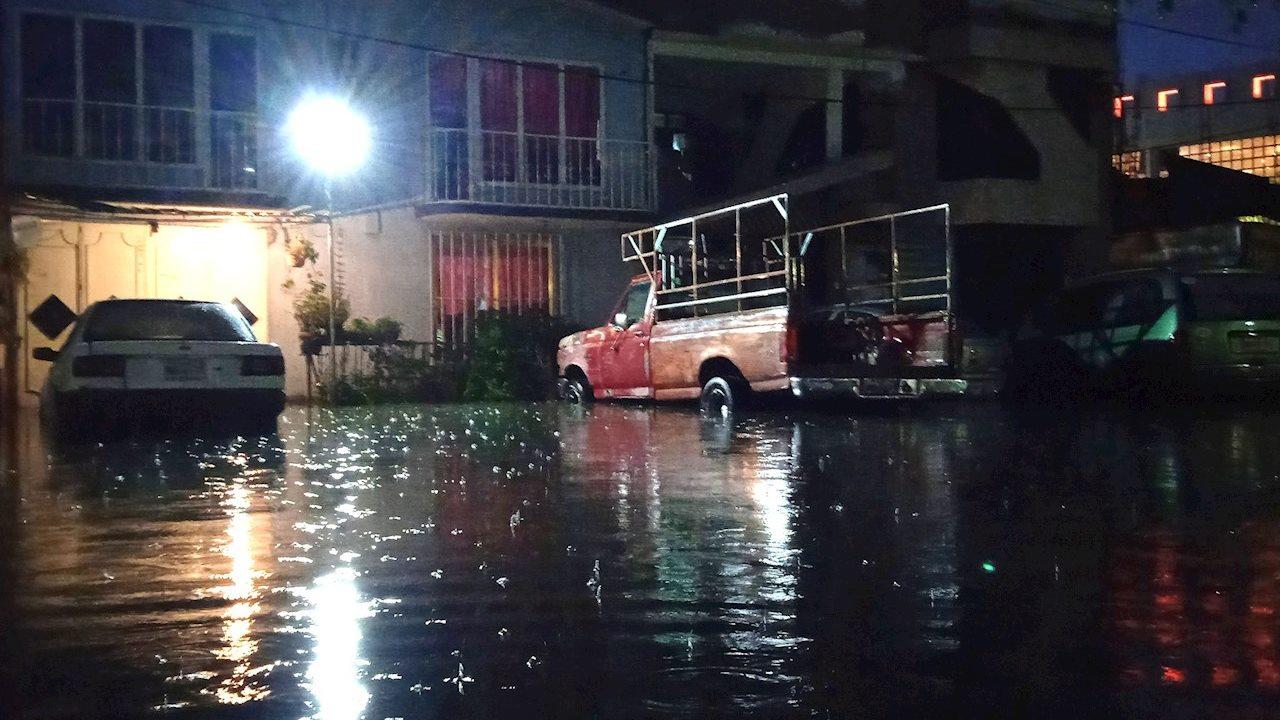 Ecatepec: 2 muertos y daños a 100 mil personas, el saldo de la lluvia torrencial