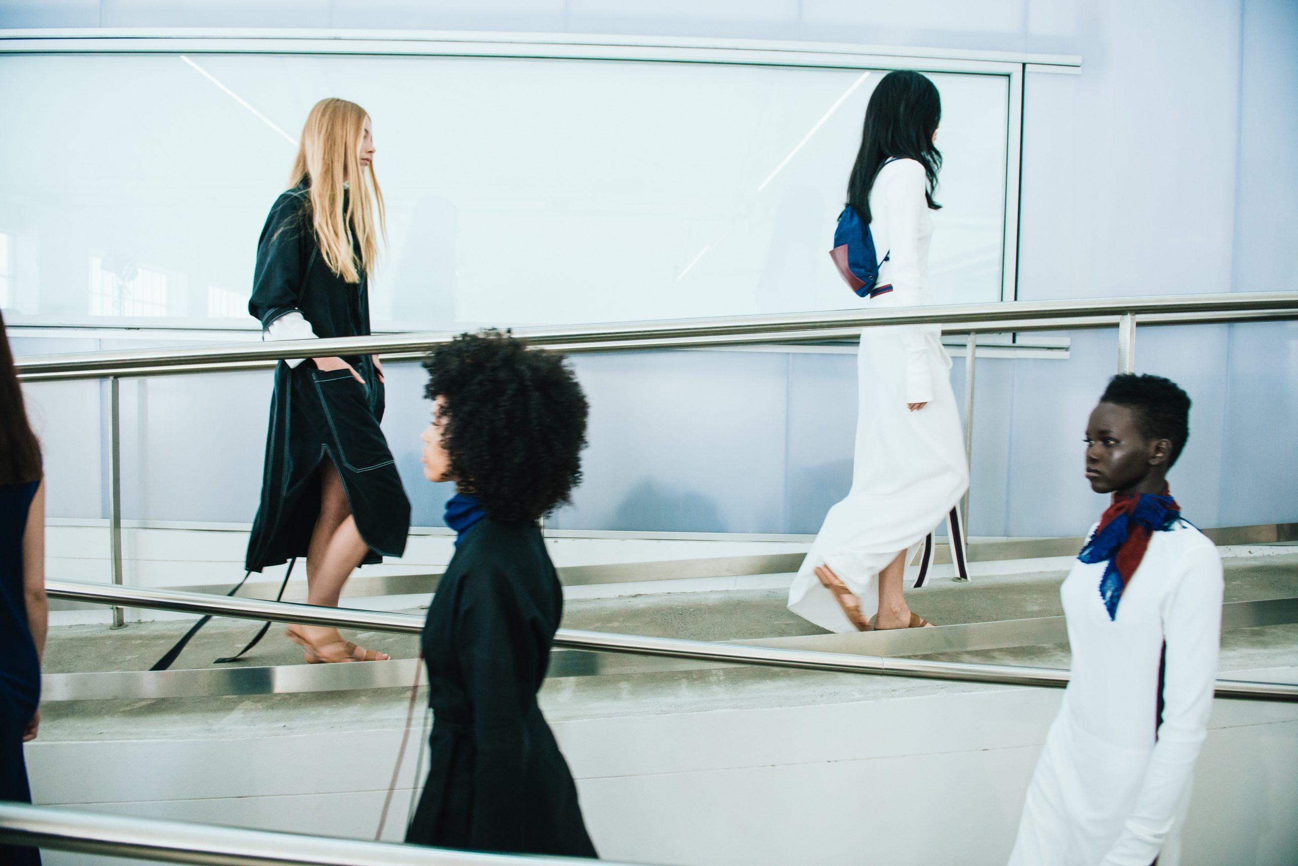 Fendi inaugura el primer día de grandes firmas en la Moda de Milán