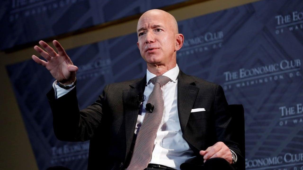 Jeff Bezos y otros millonarios crean empresa con una sola meta: rejuvenecer al ser humano