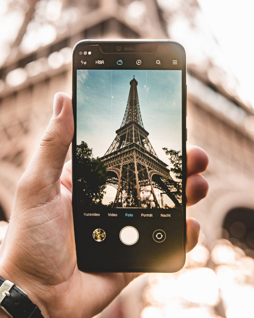 Torre Eiffel. Redes sociales