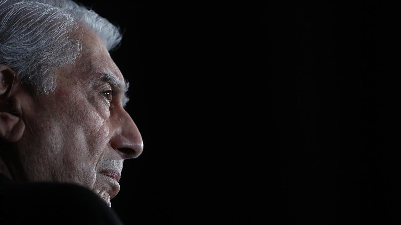 Vargas Llosa llama a defender la libertad y la democracia