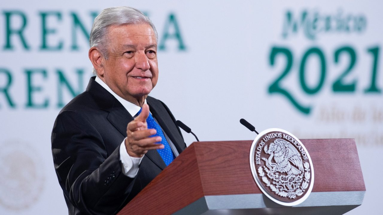 La UNAM perdió su esencia, se volvió individualista: AMLO
