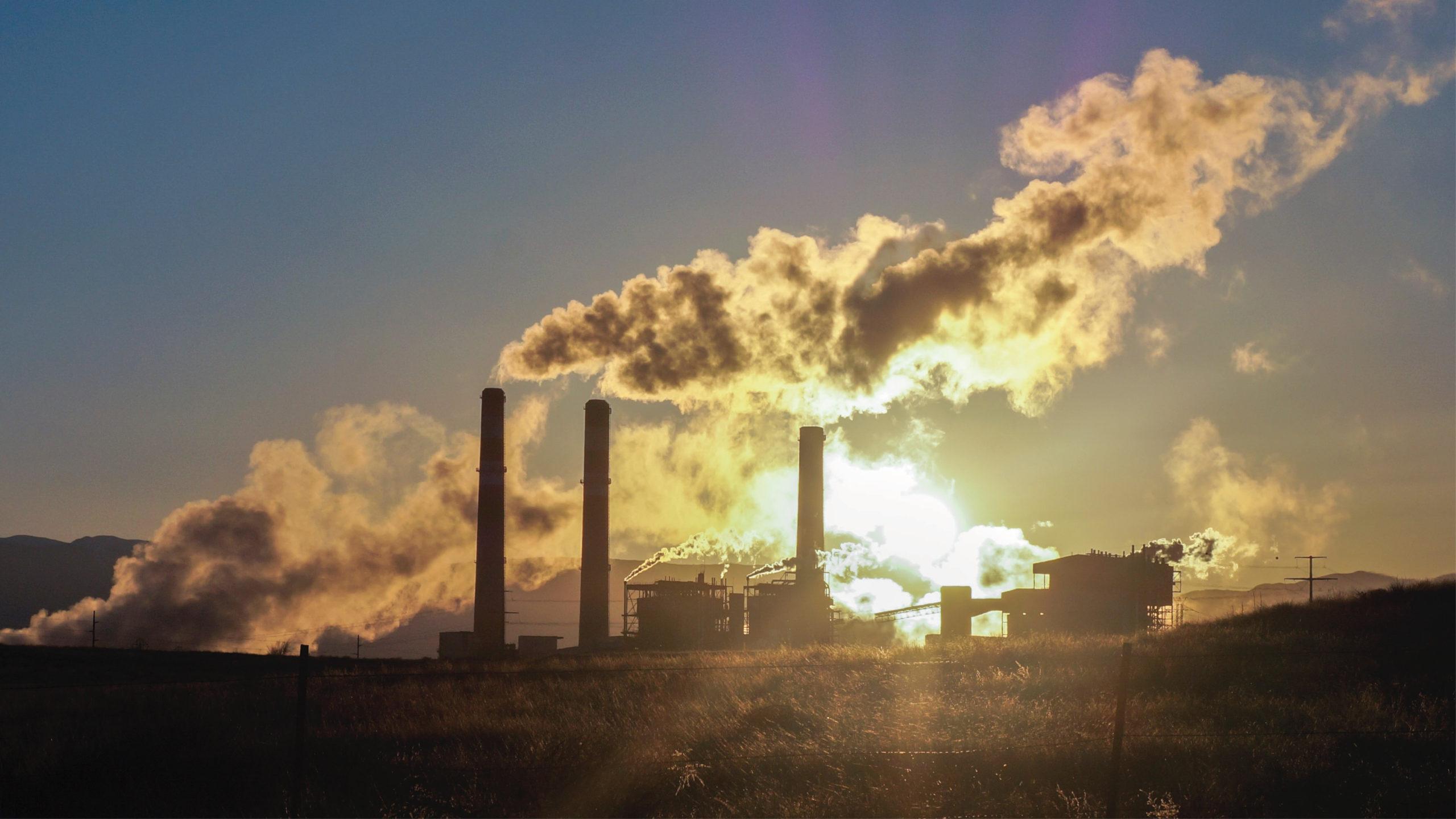 PIB del G20 podría bajar 4% en 2050 si no se reducen las emisiones