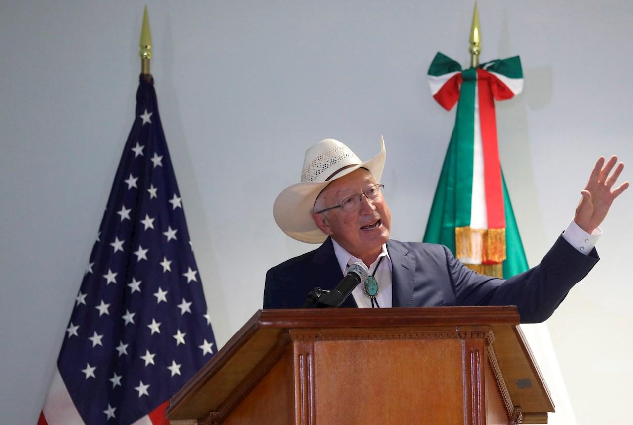 Ken Salazar, embajador de EU, encauza relación con México