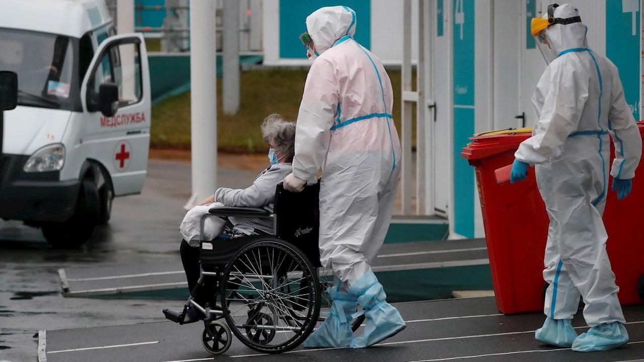 Muertes por Covid-19 en Rusia marcan récord por cuarto día consecutivo