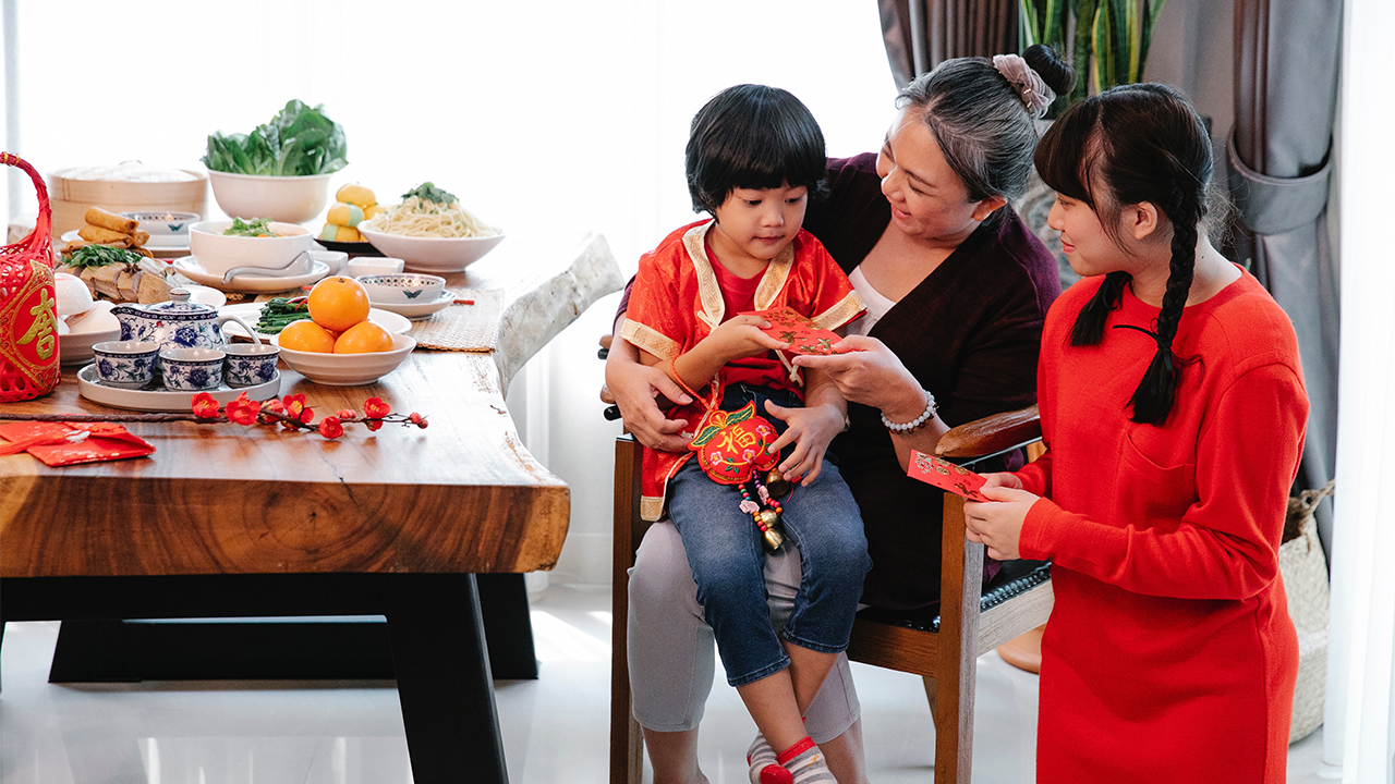 China prepara ley para castigar a padres por el mal comportamiento de sus hijos