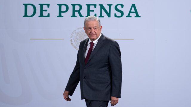 La UNAM se ha derechizado, dice AMLO a quienes se molestaron por sus comentarios