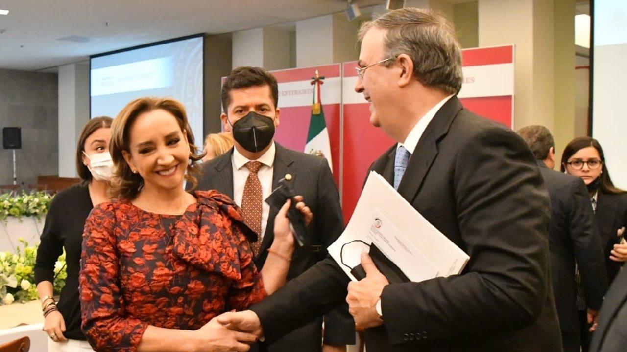 Ebrard trata con senadores política exterior, migración y T-MEC