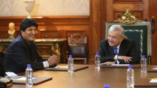 Evo Morales recomienda a México mantener el control del litio