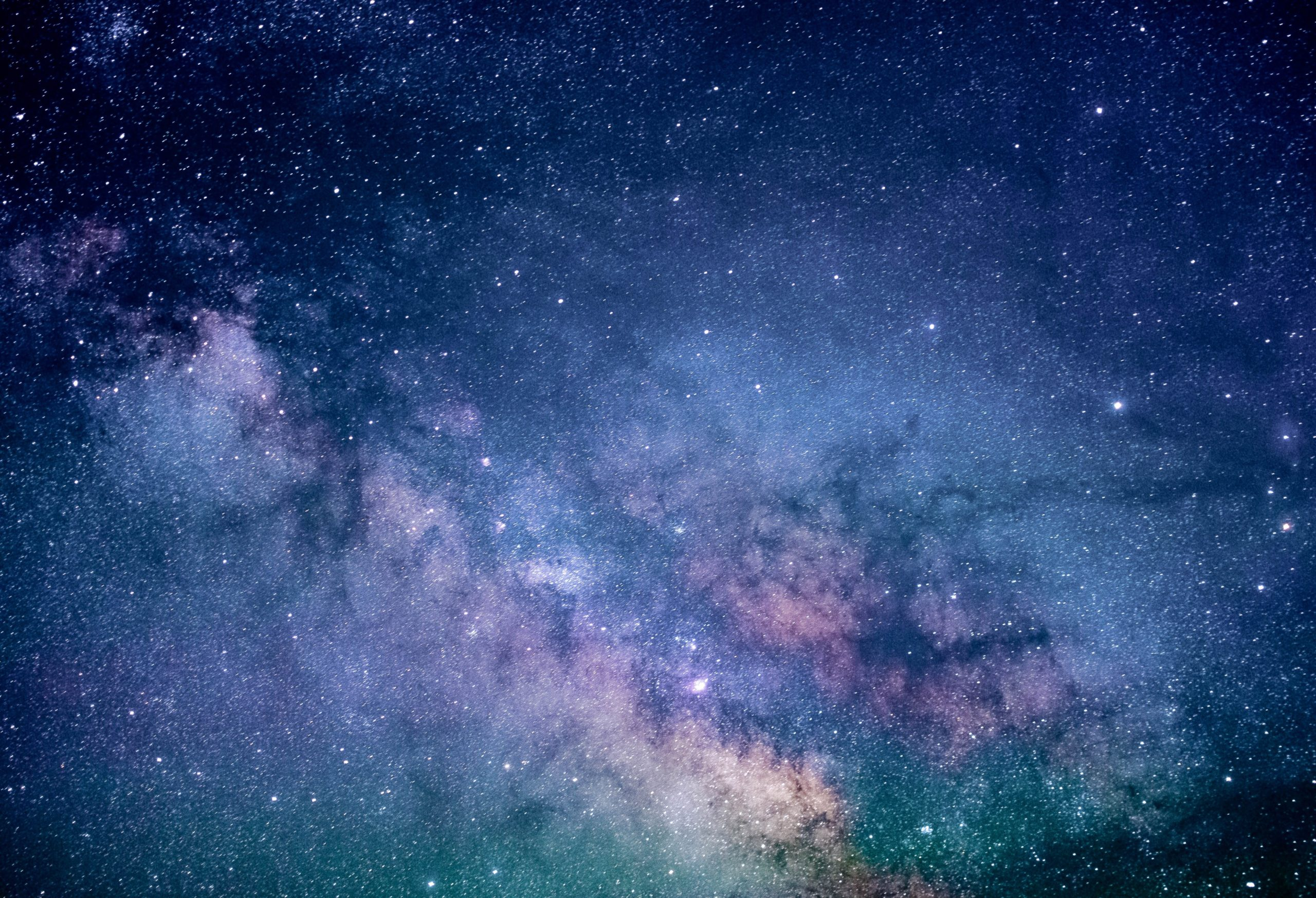 Descubren señales de estrellas que podrían tener planetas ocultos