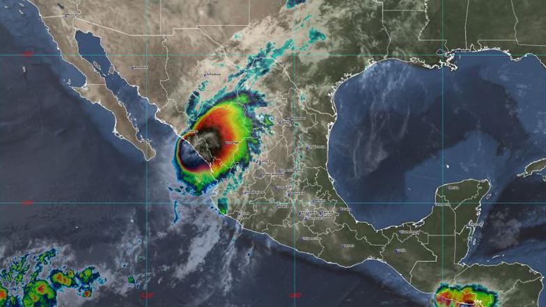 Rick ya es huracán categoría 1 y se dirige a las costas del Pacífico mexicano