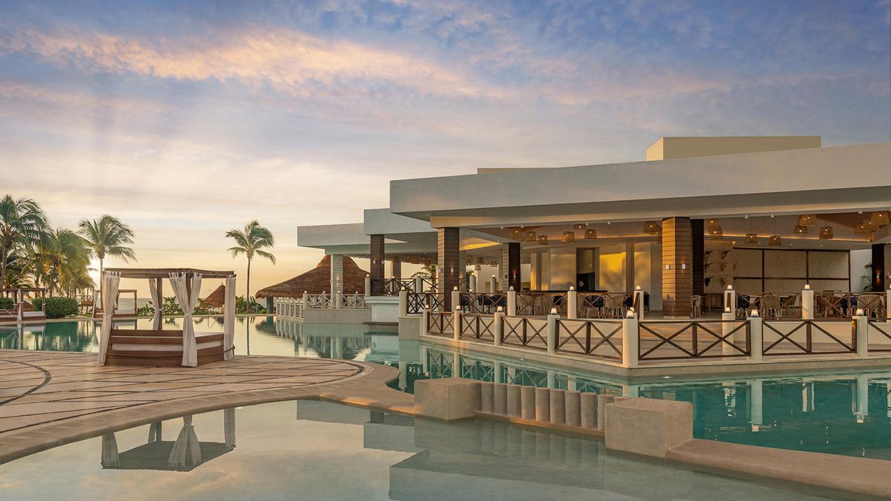 Hyatt Ziva Riviera Cancún. Explora el destino