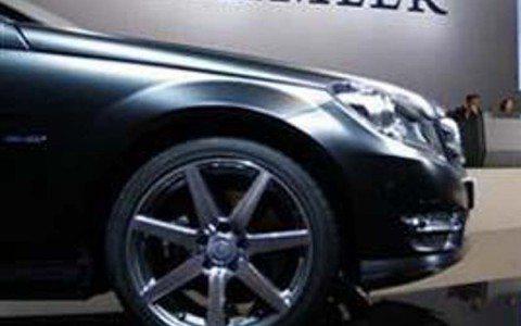 Daimler acelera su carrera por los eléctricos con 11,000 mdd
