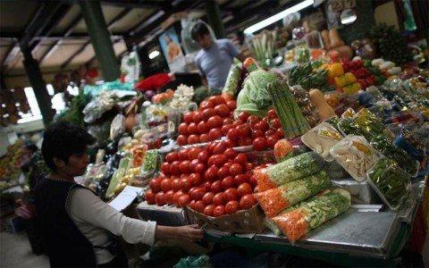 La inflación aumenta a 4.86% anual en febrero