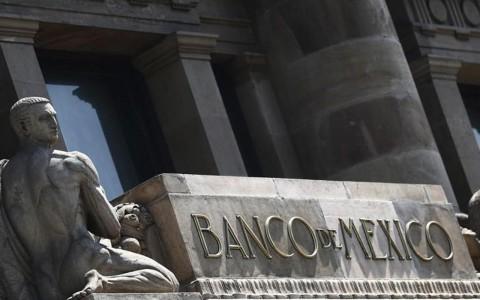 Banxico coloca 30,815 mdp en intercambio de deuda