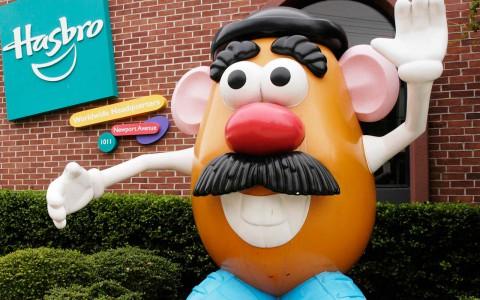 Ganancias de Hasbro crecen 10% en el cuarto trimestre