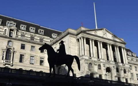 Banco de Inglaterra mejora expectativas de crecimiento pese a Brexit