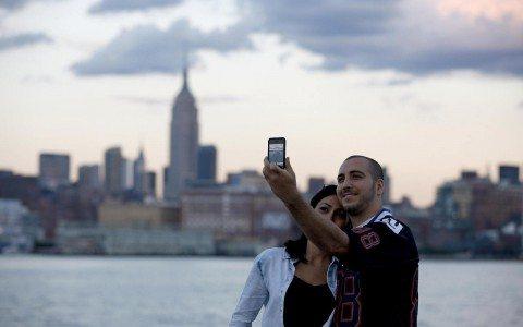 Inventores de la cámara para el smartphone ganan el premio Reina Elizabeth