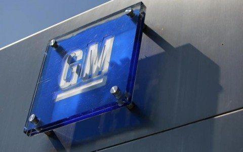 General Motors busca crear más empleos en EU