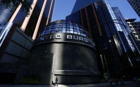 Bolsa mexicana se sacude racha negativa de tres días