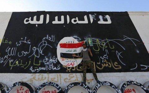 Esclavos y petróleo, los botines de guerra de ISIS
