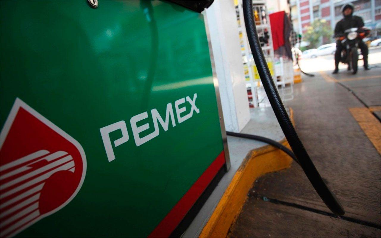 Precio de gasolinas, sin cambios pese a recorte de subsidios