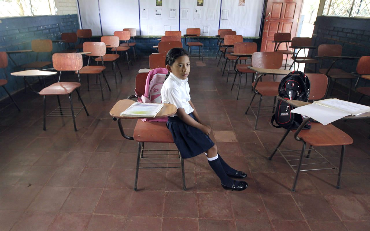 Un grupo de estudiantes mexicanos quiere cambiar la historia y evitar la sordera