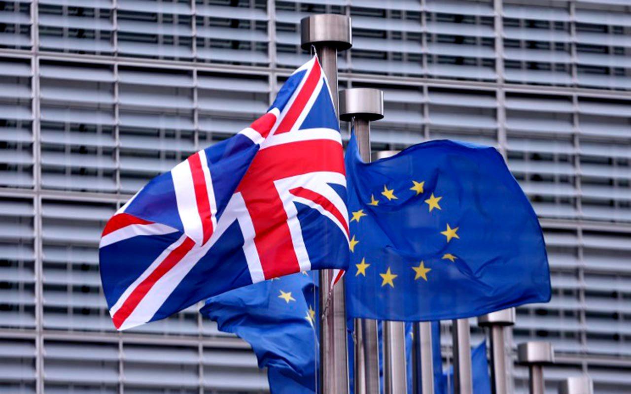 Bancos alistan éxodo de Londres por el temor al Brexit