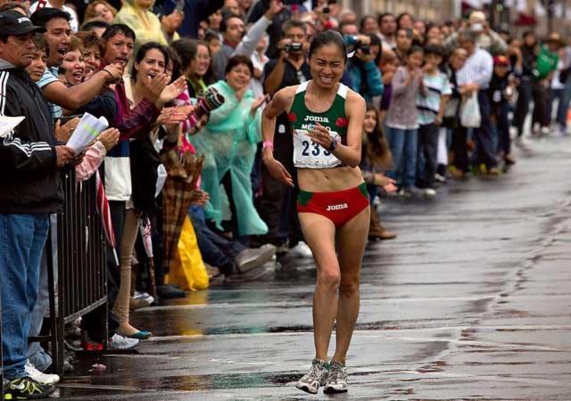 México gana medalla de plata en prueba de caminata