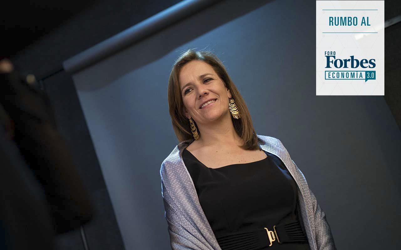 Hoy se vuelve a hablar de deuda y devaluación, lamenta Margarita Zavala