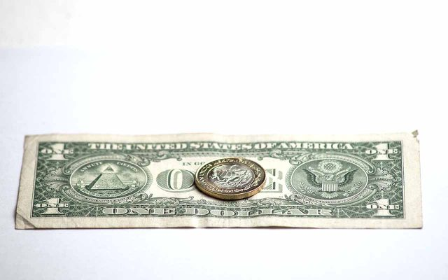 dolar-y-peso-08
