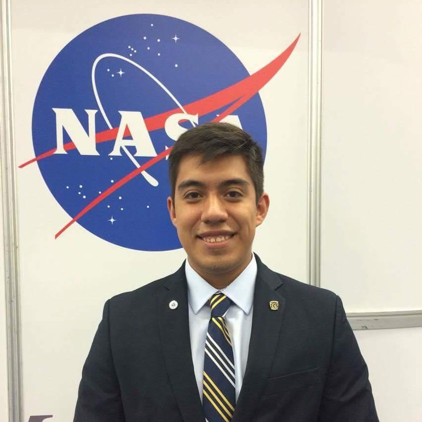 Mexicano en la NASA se prepara para 'ir' a Marte