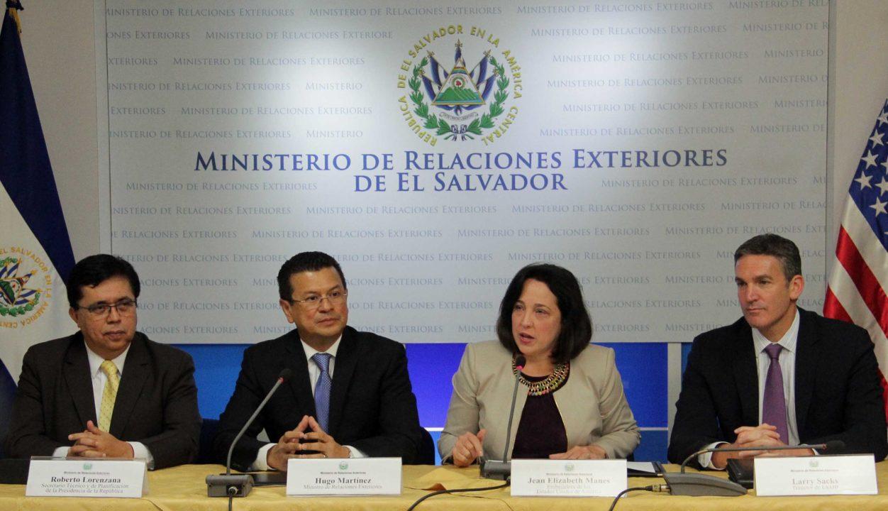 EU entrega a El Salvador casi 100 mdd para disminuir la violencia