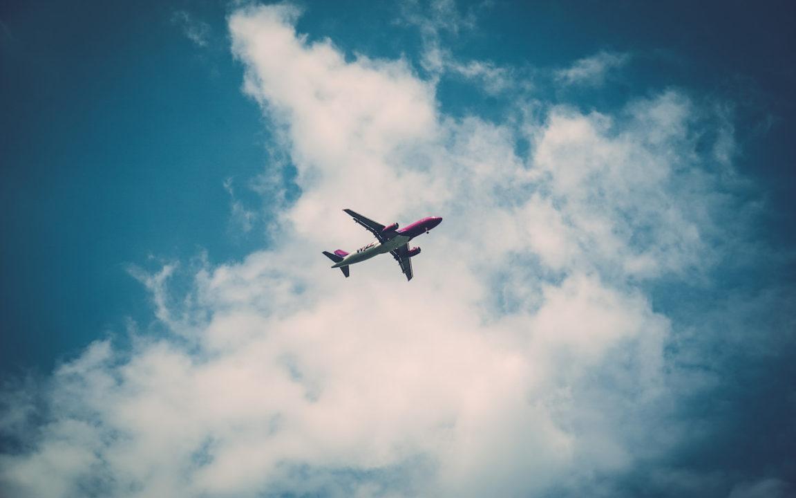 ¿Cuál es el mejor momento para comprar billetes de avión?