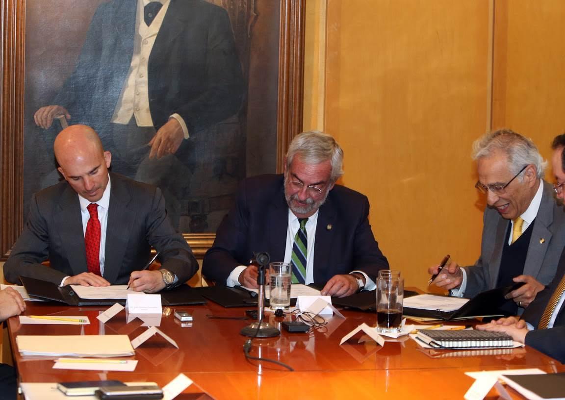Pemex busca alumnos de la UNAM que innoven en petróleo y gas